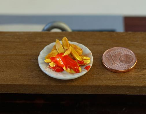 Fimo Chips mit Ketchup