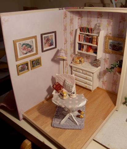 edith kudlovic zimmer im buch in miniatur room in book mini. Black Bedroom Furniture Sets. Home Design Ideas
